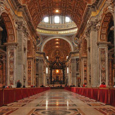 Vaticano, fondi Segreteria di Stato: in 10 a giudizio, tra cui il cardinale Becciu