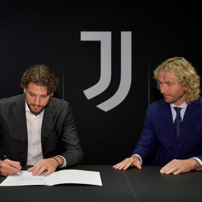 Juventus, ufficiale l'arrivo di Locatelli. Visite mediche e firma per l'ex Sassuolo
