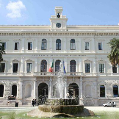 Università di Bari, Dad per chi non ha il green pass. Al vaglio del Senato Accademico altre misure di sicurezza e controlli