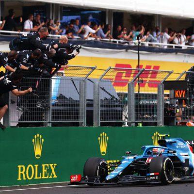 Formula 1, pazzo GP di Ungheria, vince Ocon