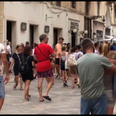 Lecce invasa da turisti stranieri