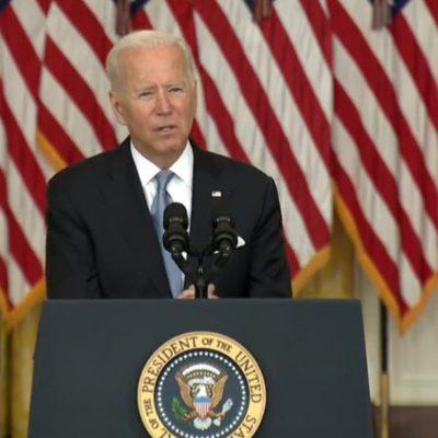 """Biden: """"Via dall'Afghanistan dopo il 31 agosto? Ne stiamo parlando"""". I talebani: """"Conseguenze in caso di proroga"""""""