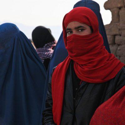 I talebani sparano sulla folla: morti e feriti a Jalalabad e Asadabad