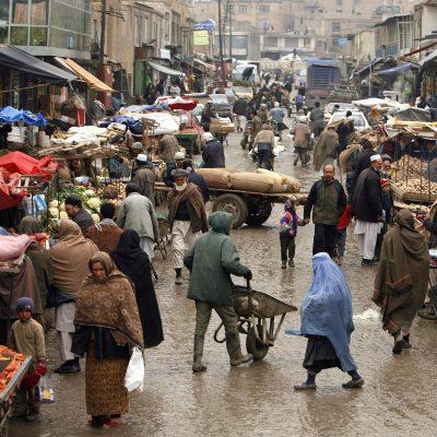 Afghanistan, l'Onu approva una risoluzione: sia assicurata uscita sicura agli afghani