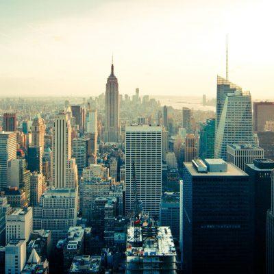 """Covid, la governatrice di New York: """"Da noi i morti sono stati 12mila in più"""""""