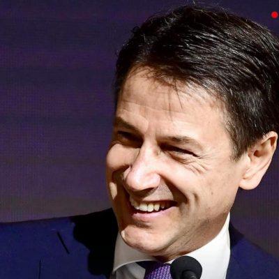 """Giuseppe Conte è il nuovo presidente del M5S. """"Ce la metterò tutta per non deludere"""""""