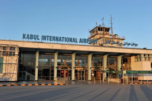 Kabul, riaperto l'aeroporto. Rinviato annuncio nuovo governo a guida talebana dopo la conquista del Panshir