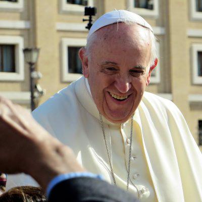 Papa Francesco: la legge ebraica della Torah è obsoleta. Gli ebrei chiedono chiarimenti al Vaticano