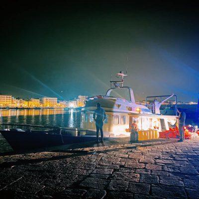 Migranti turchi sbarcati a Mola di Bari, la metà sono fuggiti: hanno tutti il passaporto