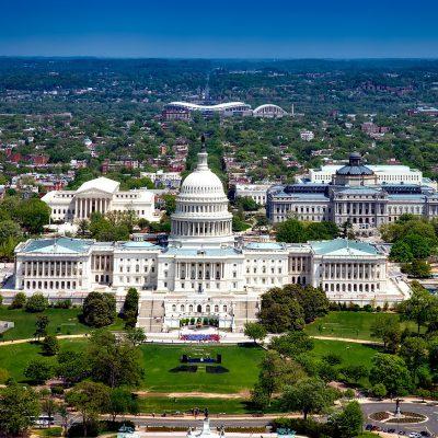 Washington, uomo minaccia di far esplodere una bomba vicino al Congresso, poi si arrende