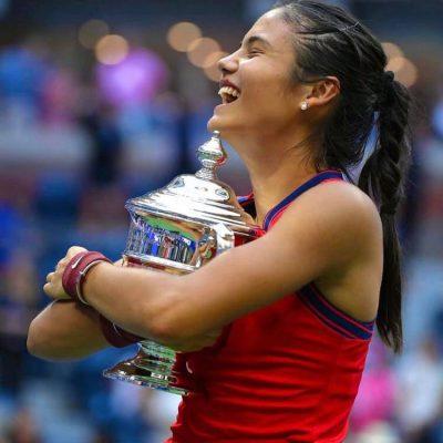 U.S Open, trionfa la diciottenne Emma Raducanu. E' nella storia del tennis
