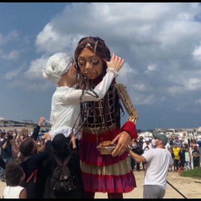 Amal, la marionetta dell'accoglienza approda a Bari