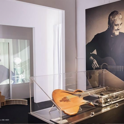 Pino Daniele, l'omaggio della sua Napoli in una mostra multimediale