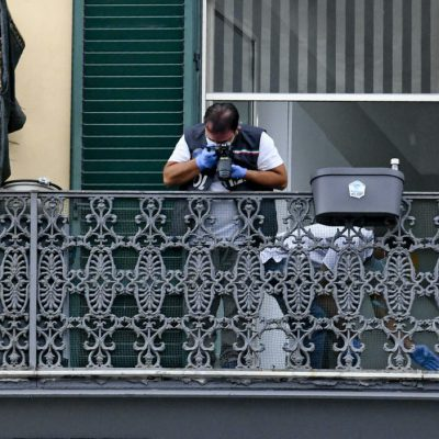 """Bimbo ucciso a Napoli, le dichiarazioni dell'indagato: """" Mi sono sporto e l'ho lasciato cadere…poi sono andato a mangiare una pizza a Sanità"""""""