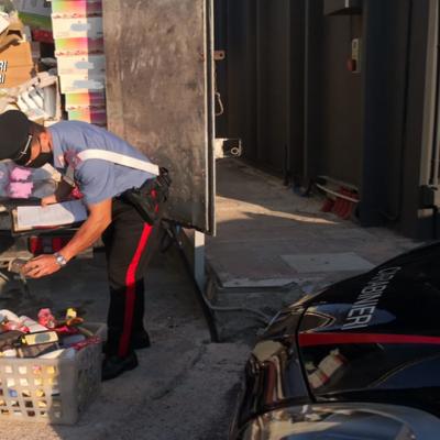 Modugno, ladro tenta la fuga dal camion in corsa ma viene fermato dai carabinieri