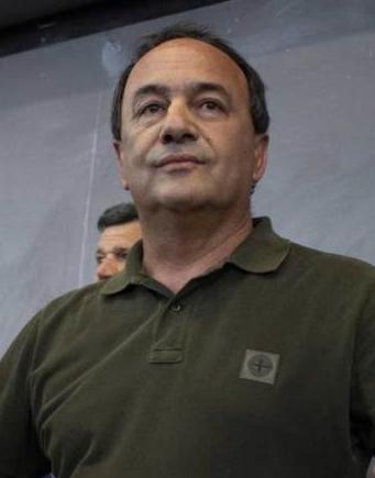 """Gestione migranti, l'ex sindaco di Riace condannato a 13 anni: """"Nemmeno a un mafioso"""""""