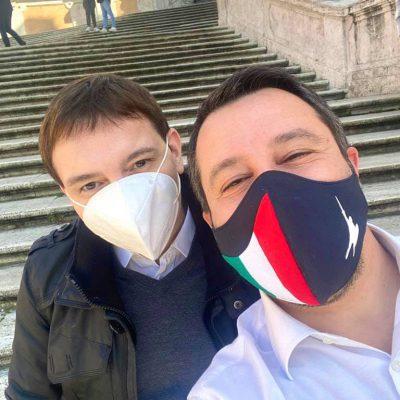 """L'ideatore della Bestia di Salvini è indagato per droga. Morisi: """"Chiedo scusa per la mia fragilità"""""""