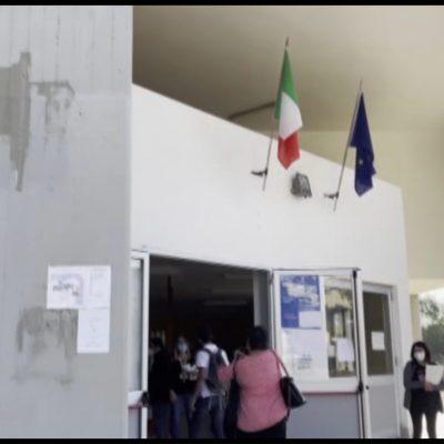 La scuola riapre a Bari