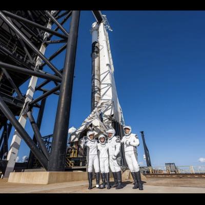 SpaceX, rientrati sulla Terra i primi turisti dello spazio