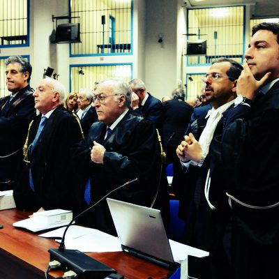 Trattativa Stato – Mafia: assolto Dell'Utri; scagionati anche gli ex generali dei Ros Mario Mori e Antonio Subranni
