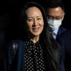 """Lady Huawei torna a casa in Cina: """"senza un Paese forte non avrei la mia libertà"""""""