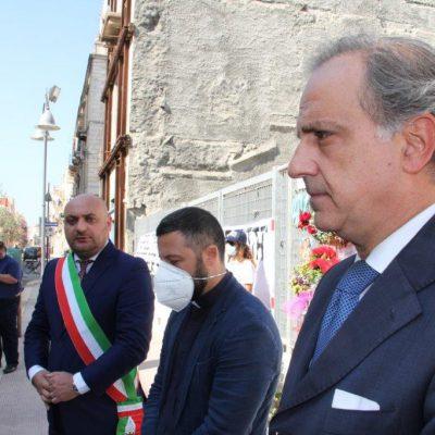 Decimo anniversario crollo palazzina Barletta: alla cerimonia anche il sottosegretario alla Presidenza del Consiglio Moles