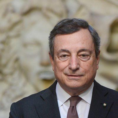 Venerdì il G – Day, primo giorno con obbligo di green pass sui posti di lavoro. Draghi ha firmato il decreto con le linee guida