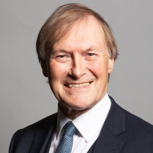 Regno Unito, deputato conservatore ucciso a coltellate. Arrestato l'aggressore