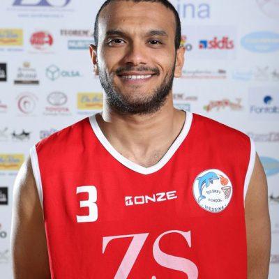 Cestista si accascia durante una partita di basket, la partita viene sospesa. Muore il 32enne del Messina Fathallah