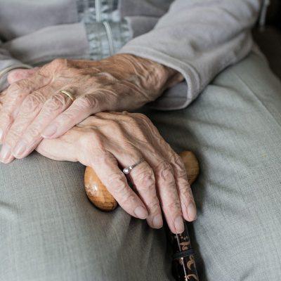 Festa dei nonni: più assistenza agli anziani. In Basilicata over 70 pari al 17,3 % della popolazione