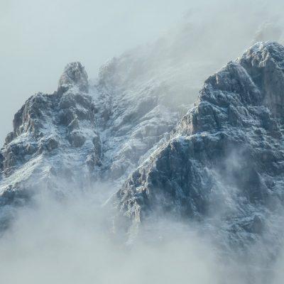 Salvi i tre alpinisti rimasti bloccati sul Monte Bianco. Il Soccorso alpino deciderà come procedere al recupero