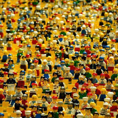 Lego: basta  etichette di genere sui giocattoli
